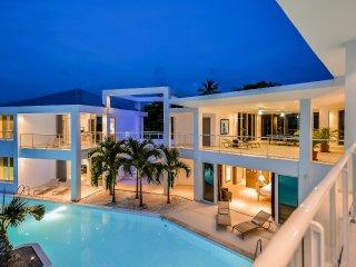 4 bedroom Villa with Wireless Internet in Terres Basses - Terres Basses vacation rentals