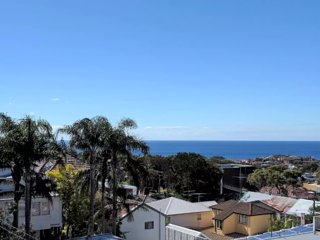 Ocean View apartment, Bright and renovated - Bronte vacation rentals