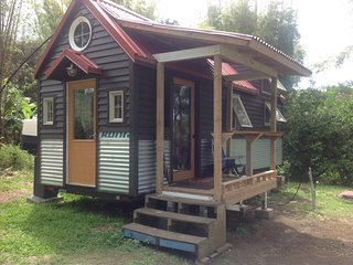 New Listing!   The sweetest Hana Mana Organic Farm Cottages (TINY HOME COTTAGE) - Hana vacation rentals