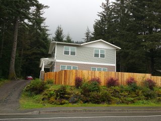Views of Grassy Tidelands 3 Bedroom 2.5 Bath House w/ Separate 1BR Apartment - Juneau vacation rentals