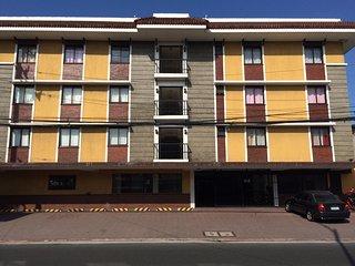 1 bedroom Condo with Internet Access in Las Pinas - Las Pinas vacation rentals