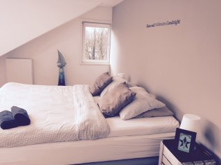 Short Stay Houses I Brand New Waterfront Apartment – Amsterdam area - Vinkeveen vacation rentals