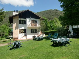 Appartamento Piva 2 immerso nella natura a piano primo con balcone - Ledro vacation rentals