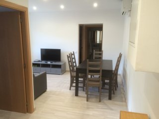Ground floor, ALL NEW, Free Parking, near Metro, family friendly, Modern! - Sant Adria de Besos vacation rentals