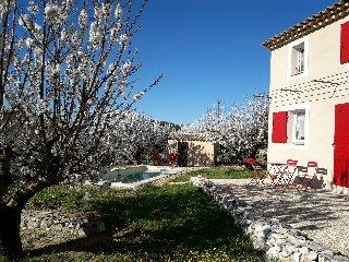 Le Petit Mas des Hauts de Beyssan, piscine  privée - Gargas vacation rentals