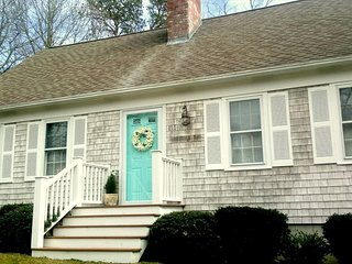BEAUTIFUL CAPE in LOVELY YARMOUTHPORT!! 126082 - Yarmouth Port vacation rentals