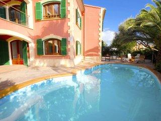 Espectacular Villa frente al mar en Sa Rápita - Sa Rapita vacation rentals