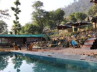 13 bedroom Tented camp with Shared Outdoor Pool in Tapovan - Tapovan vacation rentals