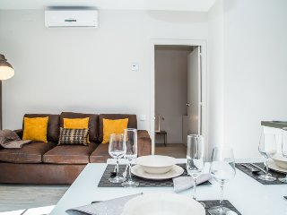 Bright 2 bedroom Gualba de Dalt Apartment with Internet Access - Gualba de Dalt vacation rentals
