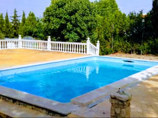 4 bedroom Villa with Shared Outdoor Pool in Baena - Baena vacation rentals
