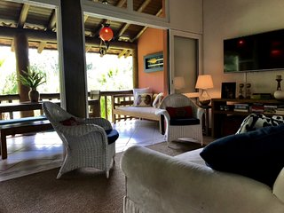 Cozy 3 bedroom Maresias Townhouse with Deck - Maresias vacation rentals