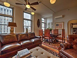 NEW! 1BR Knoxville Apartment in Market Square! - Knoxville vacation rentals