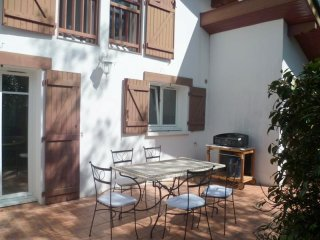 Landa Luzean- maison avec jardin classée 3 étoiles - Urrugne vacation rentals