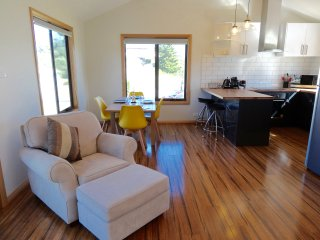 Comfortable 2 bedroom Currie House with Deck - Currie vacation rentals