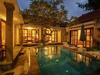 Bali Sanur Beach Villas, Villa 4 Modern 3 BR, Central Sanur - Sanur vacation rentals