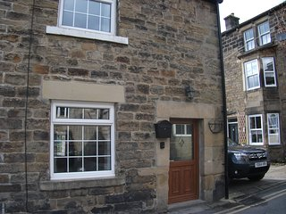 Keys Cottage dating back to the mid 1700's pet friendly cottage - Pateley Bridge vacation rentals