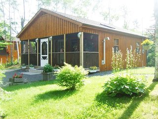 Cottage / Home Rental Lake Access close to Windsor 1 hour from Halifax - Windsor vacation rentals