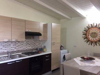 Appartamento panoramico con vista sul Golfo di Olbia - Cugnana vacation rentals