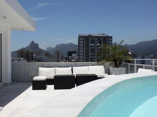 Rio037 - Penthouse in Ipanema with pool & seaview - Ipanema vacation rentals