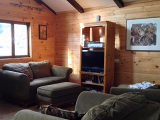 Bright 5 bedroom House in Schroon Lake with Deck - Schroon Lake vacation rentals