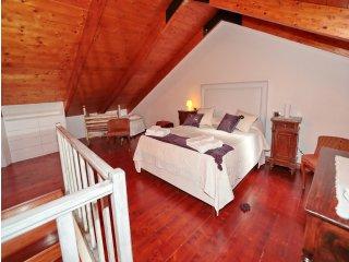 3 bedroom Condo with Internet Access in Crotone - Crotone vacation rentals