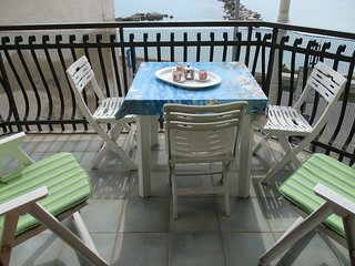 otranto appartamento tre camere da letto a 50 metri mare - Otranto vacation rentals