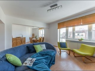 Spacious Bielany 3 apartment in Żoliborz with WiFi & balkon. - Warsaw vacation rentals