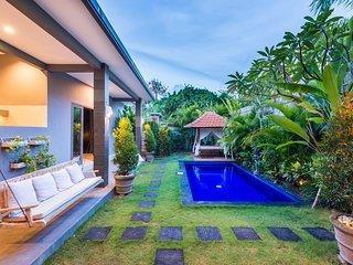 Villa Cecilia *BEACH JUST 200m - Canggu vacation rentals