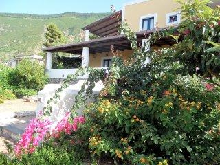 Casa Mariangela - Splendida villa in stile Eoliano con ottima vista mare - Malfa vacation rentals