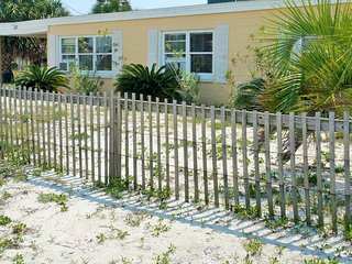 Book this beach bungalow on a budget! - Pensacola Beach vacation rentals