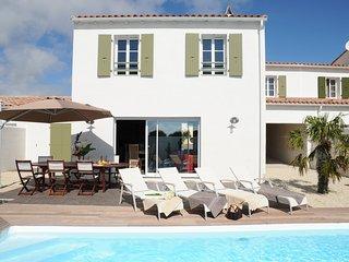 4 bedroom House with Internet Access in La Flotte - La Flotte vacation rentals