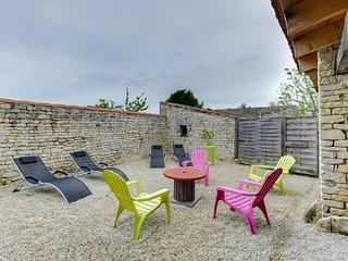 Charming house at La Flotte - La Flotte vacation rentals