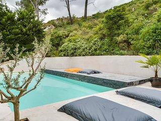 Maison contemporaine au coeur des Alpilles - Saint Etienne du Gres vacation rentals