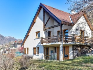 Charmante maison vue lac d'Annecy à Talloires - Veyrier-Du-Lac vacation rentals