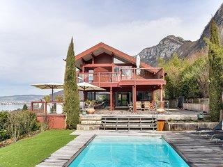 Chalet avec piscine face au Lac d'Annecy à Veyrier - Veyrier-Du-Lac vacation rentals