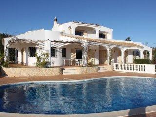 Spacious Villa With Private Pool And Sea Views - Sao Bras de Alportel vacation rentals