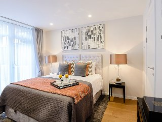 Two bedroom two bathroom South Kensington - London vacation rentals