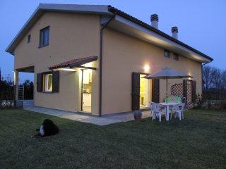 TOR DEL SALE Pet Friendly Apartment, with  enclosed garden - Riotorto vacation rentals