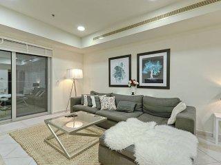 Luxury Spacious 2BR at Marina! Near Beach & Tram! - Dubai vacation rentals