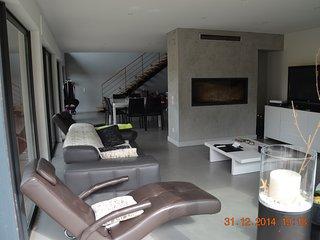 Nice 3 bedroom House in Saint-Laurent-des-Arbres - Saint-Laurent-des-Arbres vacation rentals