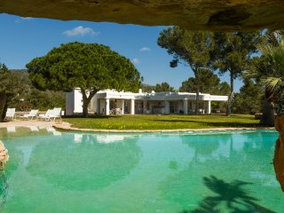 Luxury Villa with pool and sea view - Cala Comte vacation rentals