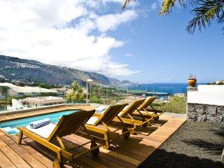AD - San Marcos: Superior A apartment - Icod de los Vinos vacation rentals