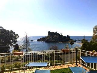 Taormina Isola Bella Apartment - Taormina vacation rentals