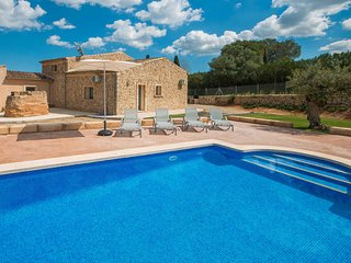 Traditional country finca with a modern twist - Sencelles vacation rentals