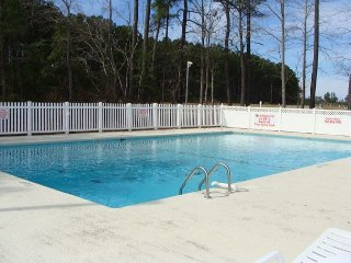 3 bedroom condo Colonial Greens-first floor-community pool-washer/dryer - Longs vacation rentals