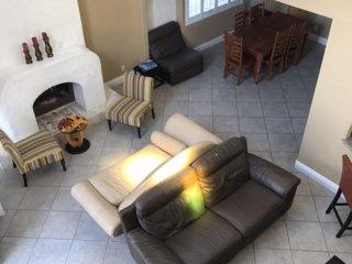 Iris Paradise - 3 bedrooms plus loft sleeps 8 - Corona del Mar vacation rentals