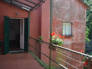 Rosa & Salvia Apartment in Agriturismo Monte Pu' into nature - Castiglione Chiavarese vacation rentals