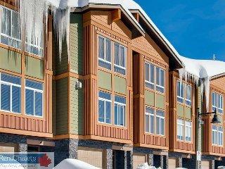 Grizzly Ridge Trail 5, Luxury 3 Bedroom 2 Bathroom Townhouse With Garage - Chenbaerhu Qi vacation rentals