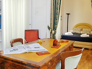 TreasureRome Spanish Steps  4BR - Rome vacation rentals