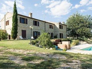 Bright 7 bedroom Villa in Staffolo - Staffolo vacation rentals